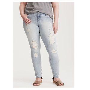 Torrid Jeans Skinny Destroyed 16 Slim Stretch